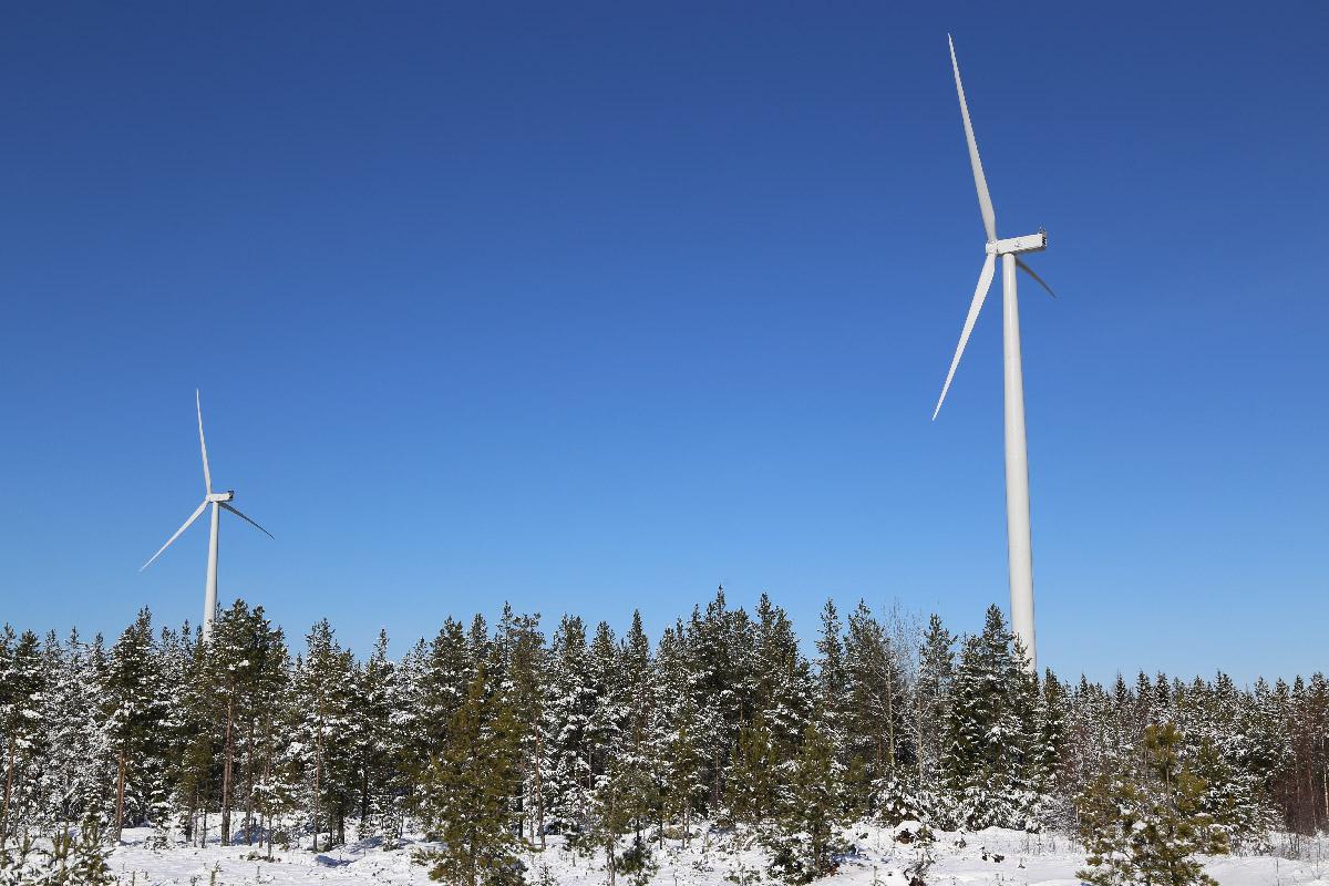 Tuulivoimalapuistojen rakentaminen työllistää