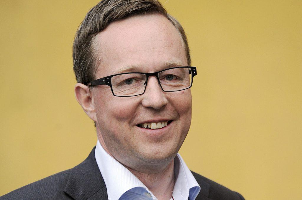 Toholampilainen Mika Lintilä valittiin Olli Rehnin työtä. Lintilä ottaa vastuulleen elinkeinoministeriön.