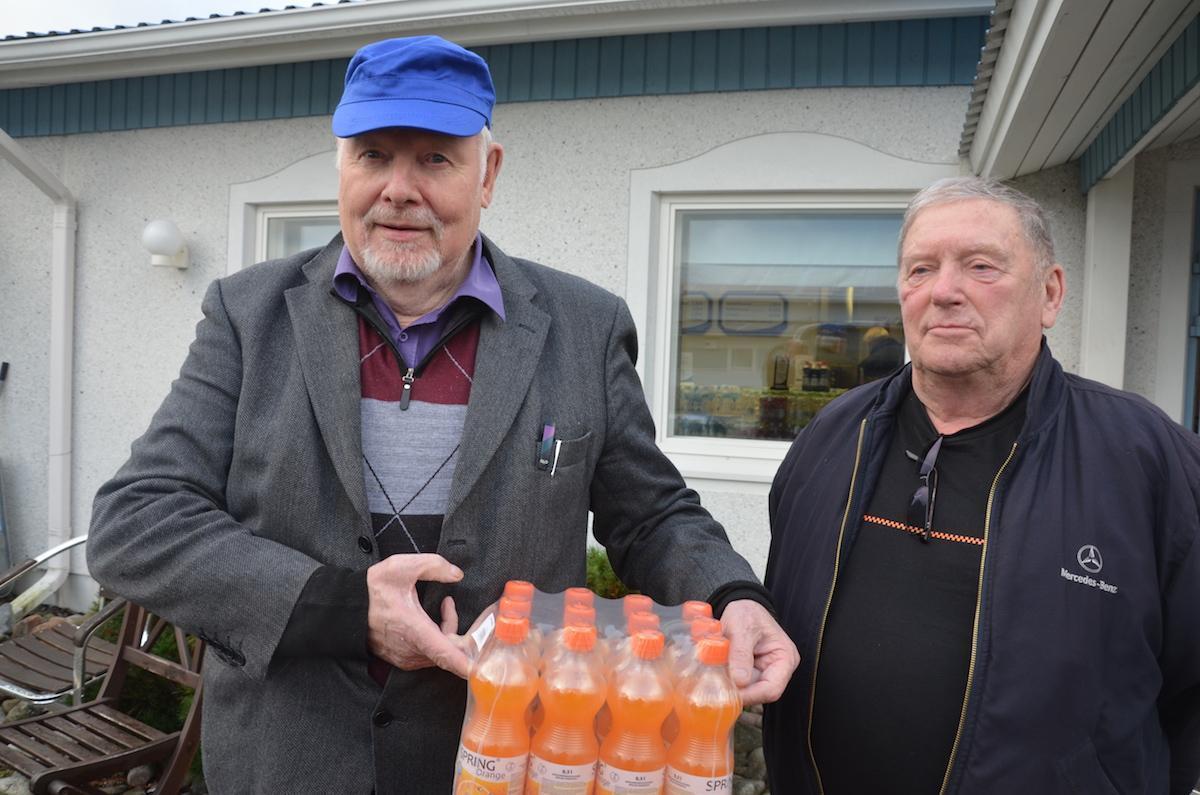 Kun juukalaiset vierailivat Härkänevalla Väinö Hernesniemen johdolla, paikalla oli myös hänen rippikoulukaverinsa Mauno Määttänen.